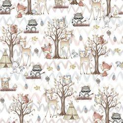 biely-zvieratka-v-lese
